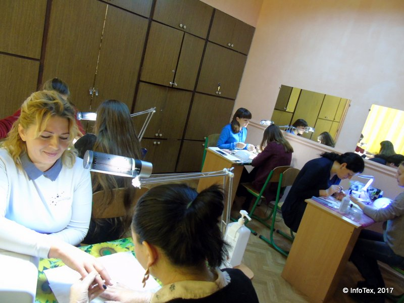 Маникюр в учебном центре симферополь